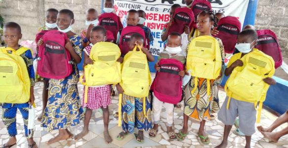 Distribution de kits scolaires ~ 2021